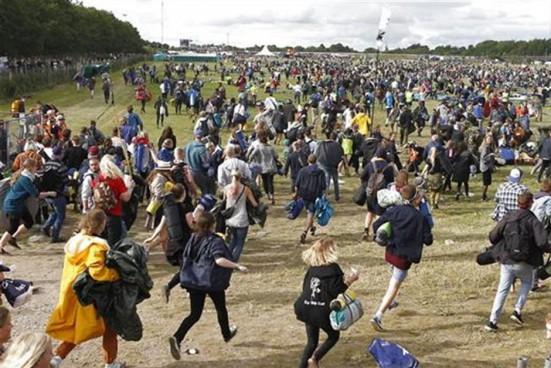 Om ganske få timer slår Roskilde Festival dørene op til syv dage med musik og mere end 175 kunstnere. Men hvad skal Regnsky-redaktionen høre? I dag kommer Morten med fem anbefalinger (Foto: Jonas Skovbjerg Fogh/Scanpix)